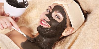 Cara membuat masker lumpur dengan mudah dan praktis