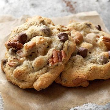 ... : Happy National Chocolate Chip Cookie Day - 6 Best-Ever Recipes