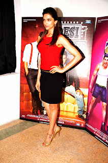 Deepika Padukone Picture Gallery for the 'Desi Boyz' at Meh Gallery