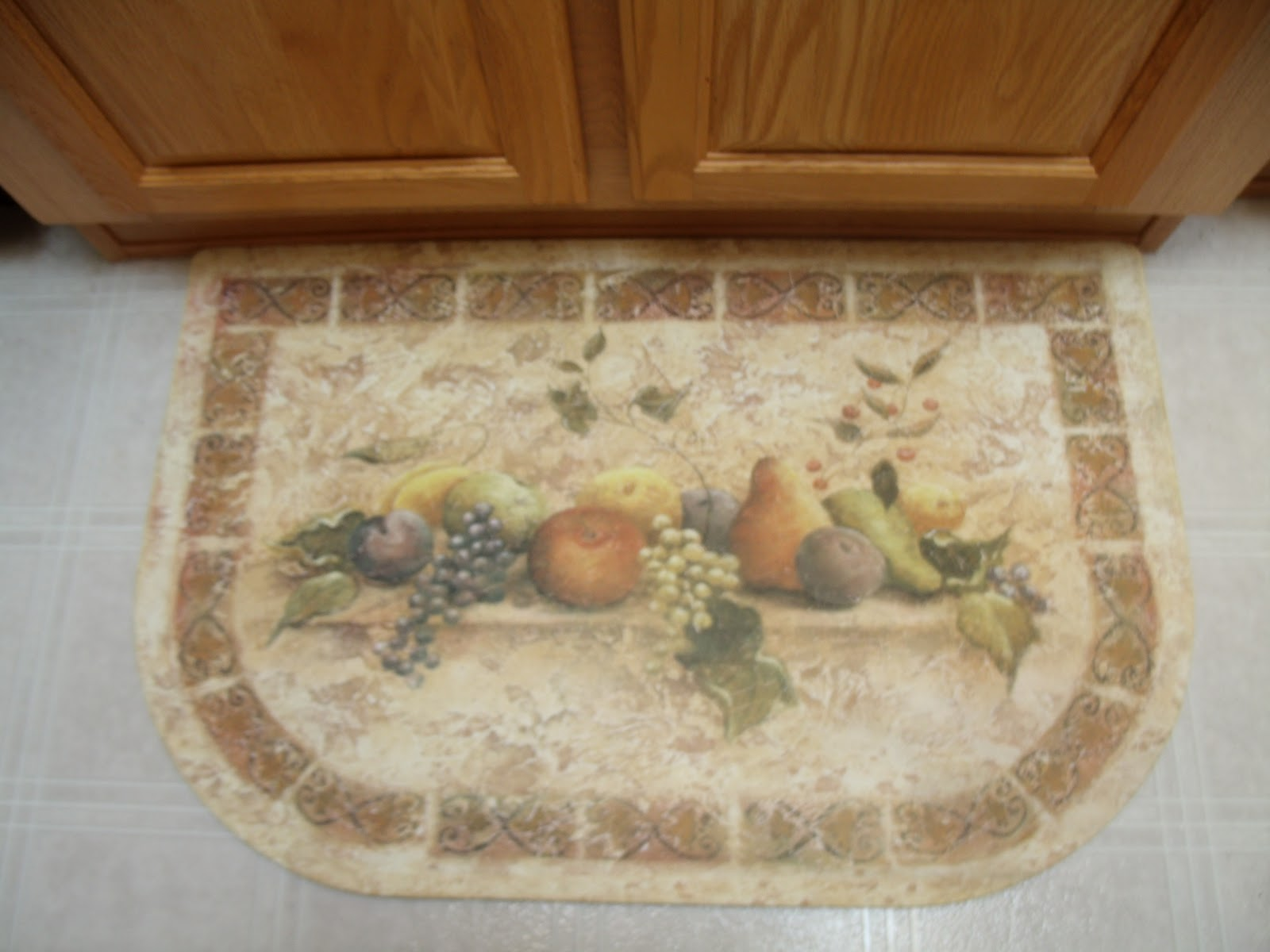 A Lucky Ladybug: Mohawk Home Kitchen Mat Review and Giveaway