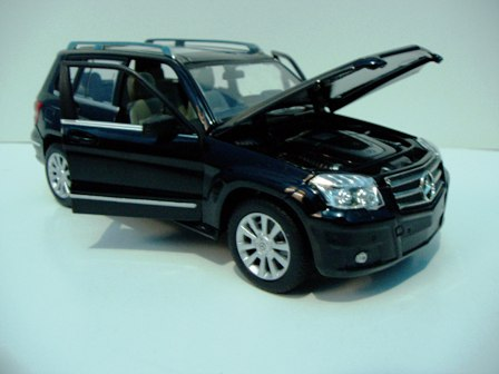 Mercedez Benz on Diecast Mercedes Benz Glk Class   Info Diecast