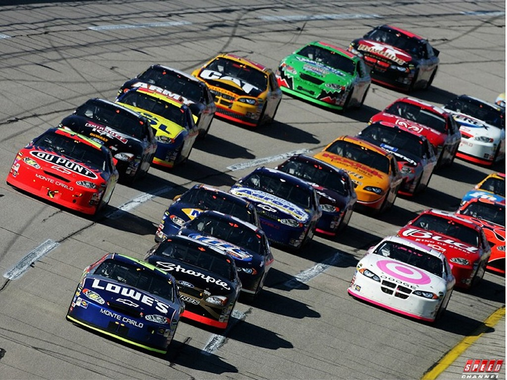is nascar a sport The fans of america's two most popular sports skew older and lean conservative so if protests are to blame for the nfl's ratings erosion, what's nascar's excuse.