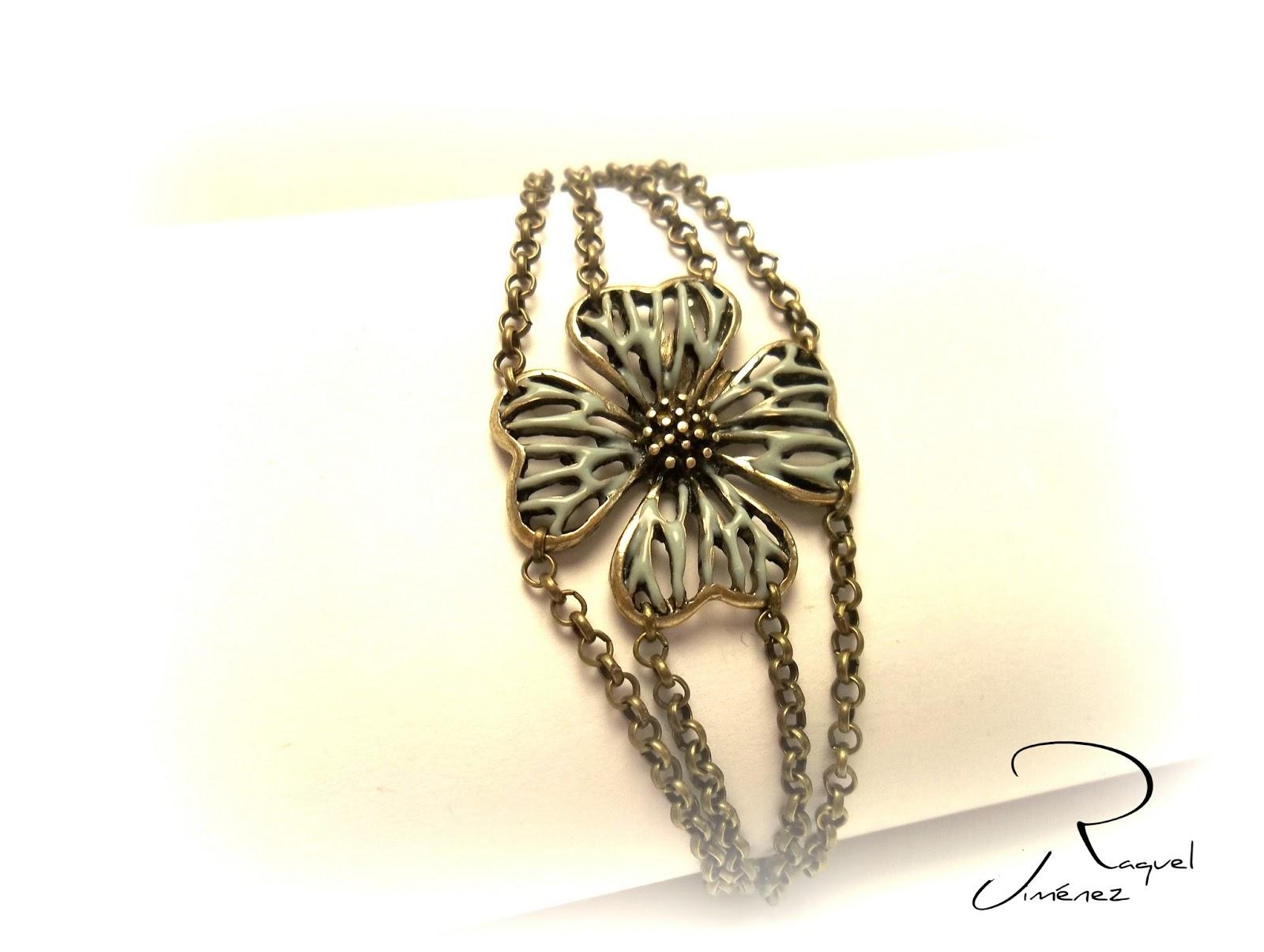 pulsera con flor turquesa