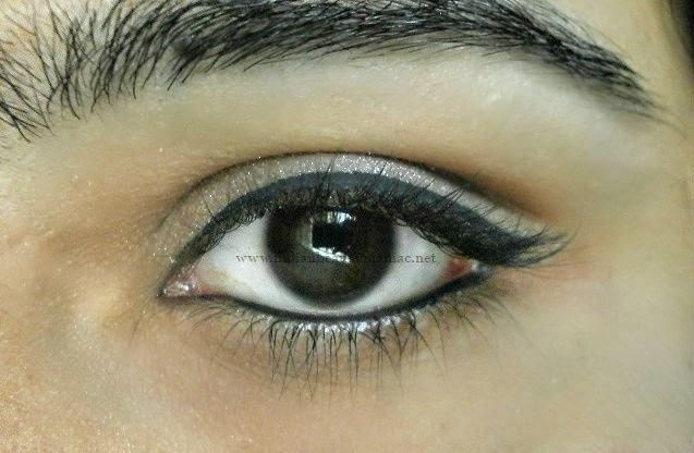 Kryolan, liquid eyeliner, how to apply liquid liners, black eyeliner, Simple everyday look,