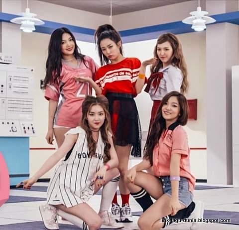 Ladys Room Red Velvet