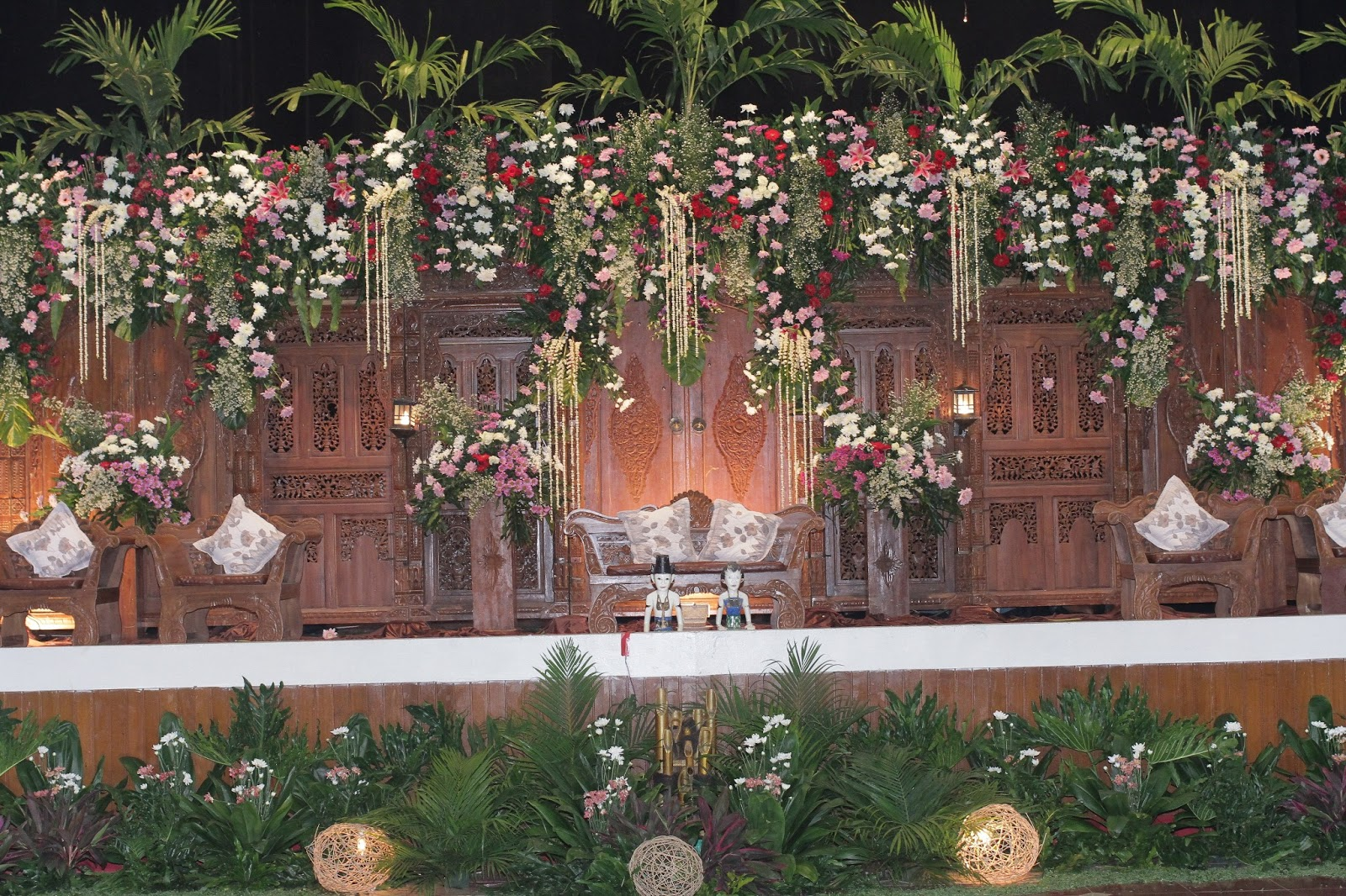 Wedding decorations yogyakarta wedding decorations yogyakarta wedding decorations junglespirit Choice Image