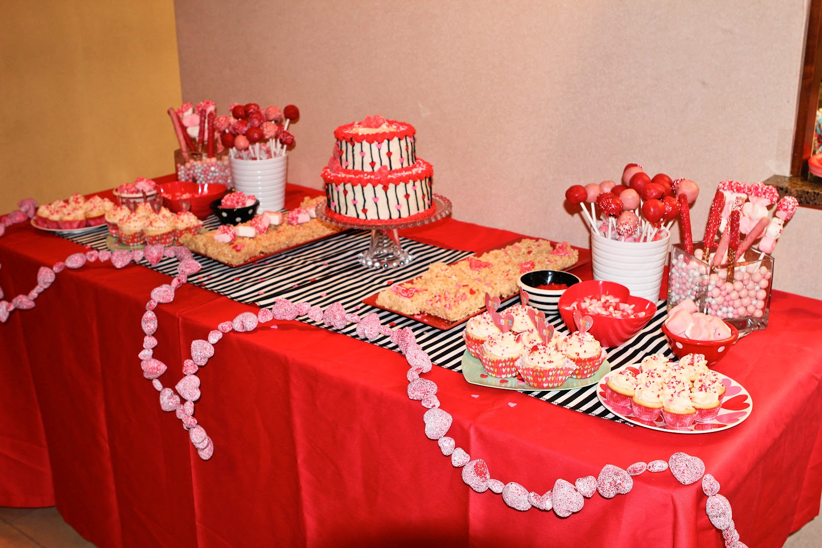 Her Mom Choose A Valentines Themed Birthday Party, So Between The Two Of  Us, We Came Up With This!