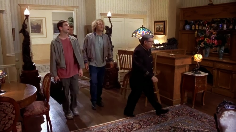 "Stanley Hotel in ""Dumb and dumber"" movie. Отель Stanley в фильме «Тупой и еще тупее»"