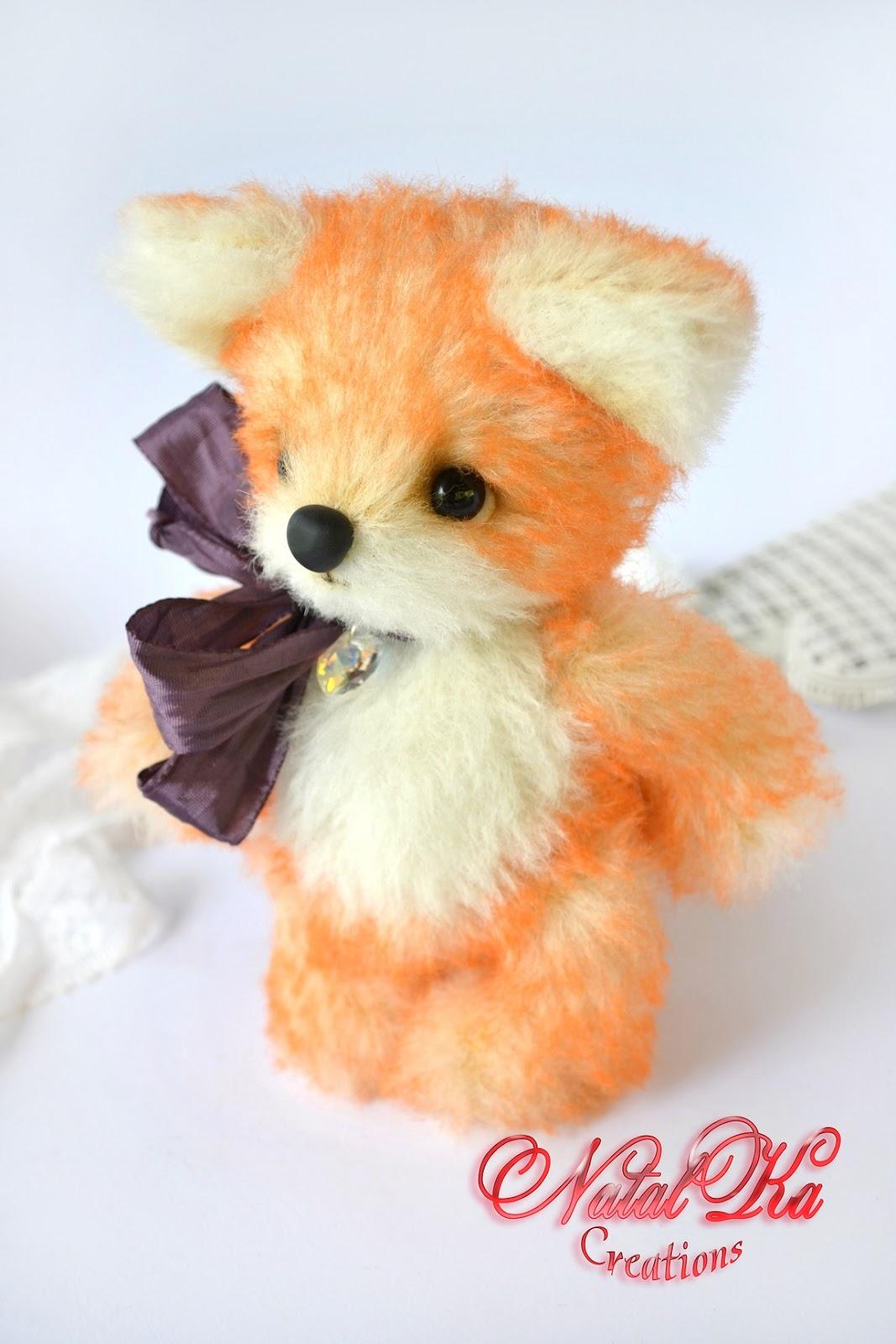 Künstler Teddy Fuchs handgemacht von NatalKa Creations. Artist teddy fox handmade by NatalKa Creations.