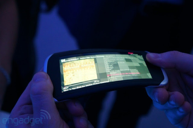 Nokia kinetic future with flexible screens and a twisted ...