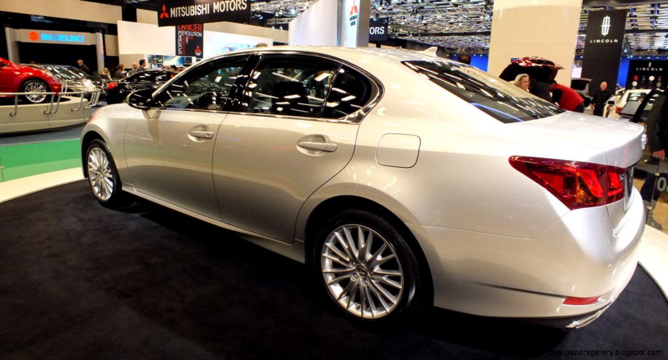 Lexus Luxury Cars