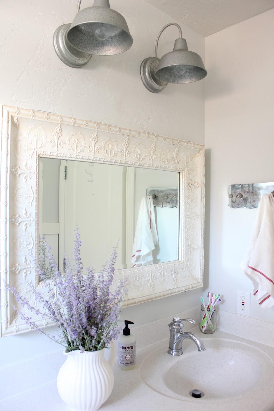 Primp Junktion: french farmhouse bathroom