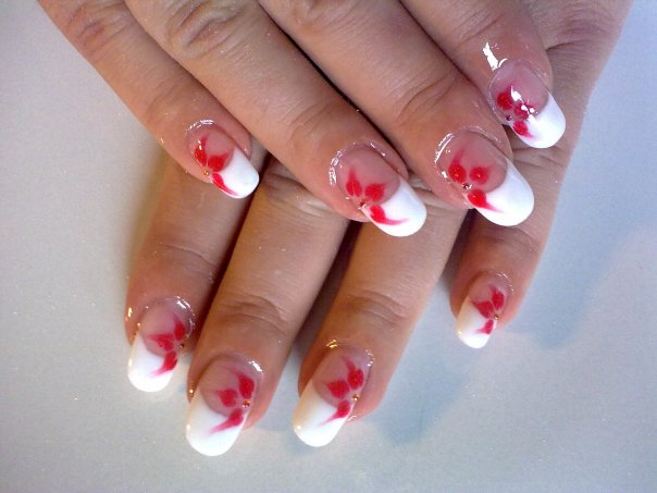 The Enchanting Red nail designs for prom and wedding Photo