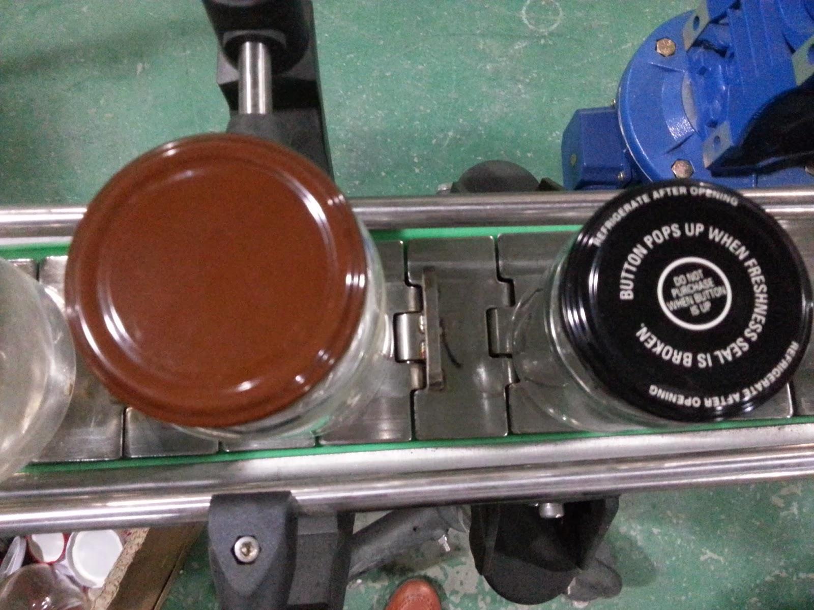 semi automatic desktop twist-off vacuum capping machine Vakuum-Verschließmaschinen für Glasflaschen