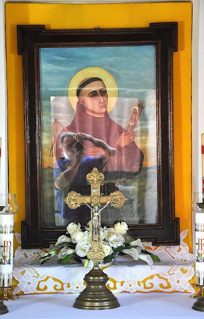 Gielniów, kaplica - obraz. Fot. KW (zamierzony autoportret).