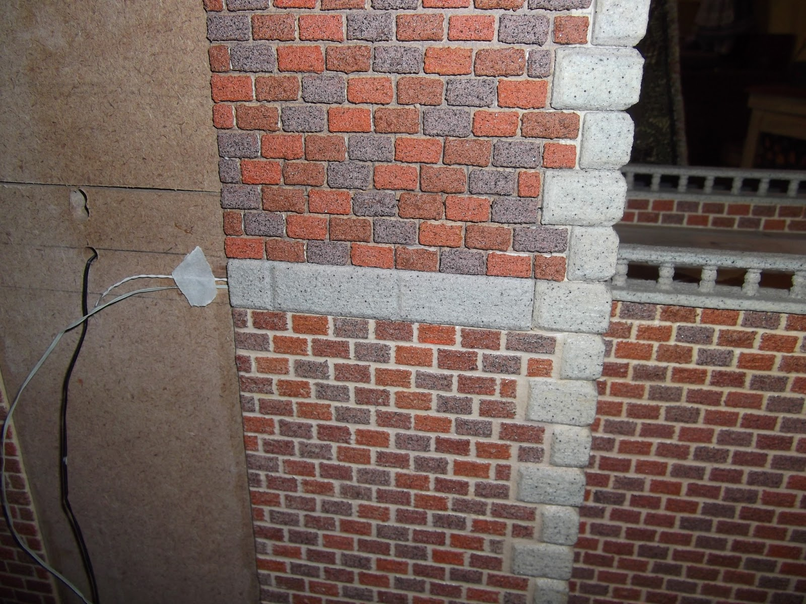 http://3.bp.blogspot.com/-Cj36bLgcZL8/UWLICv02mVI/AAAAAAAACcs/TkF4G40FEt0/s1600/Dollhouse+wiring+009.jpg