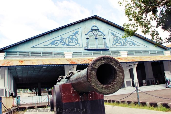 Meriam di Keraton Surakarta
