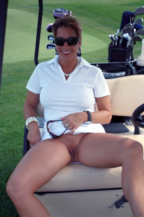 Girls Golf Upskirt