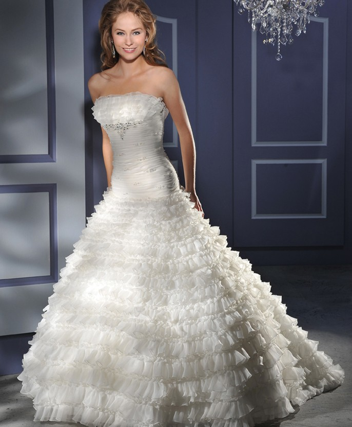 Blog: Essence Couture Collection Retired Gowns - Effective 07/15/2012