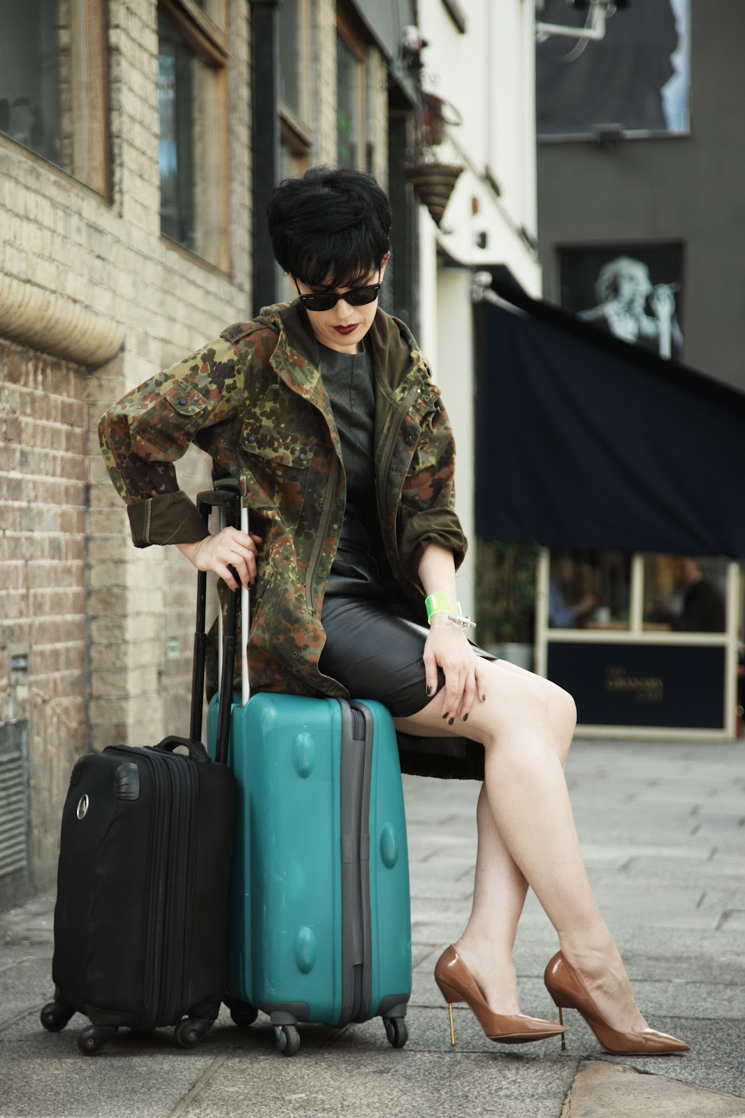 http://3.bp.blogspot.com/-CjQhPmxfJWE/UFRELZQL2CI/AAAAAAAAFtk/S5P385Qv5JU/s1600/mb+heels+02.JPG