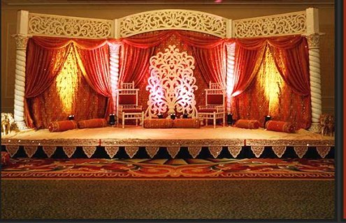 Stage decor in Indian wedding is one of most important part in decorating