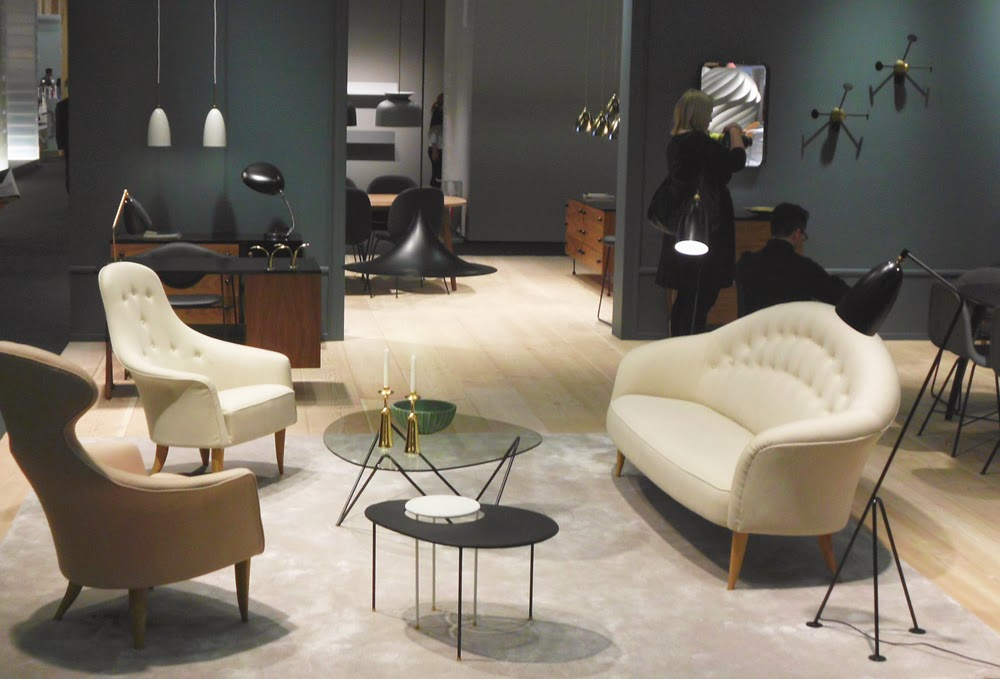 GUBI Designklassiker-Möbel und Leuchten aus dem Mid-Century Design auf der Kölner Möbelmesse imm cologne 2014