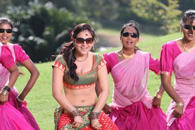 Aksha latest gallery, Aksha Hot Navel images