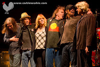 Neil Young mit neuem Aboriginal Shirt 2009 in Melbourne