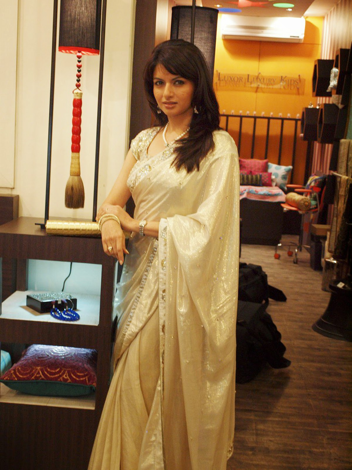 Bhagyashree Patwardhan :Bhagyashree Patwardhan Latest Unseen Rare HD Photos