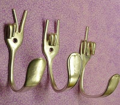 Recicla tenedores para hacer un colgador