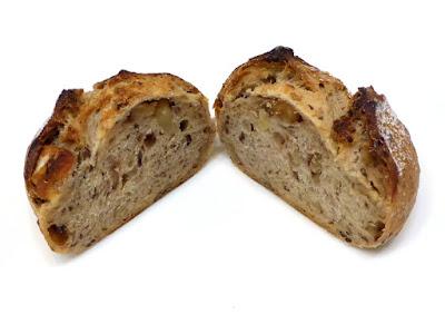 くるみ入りぶどう酵母のパン | LA TERRE(ラ・テール)