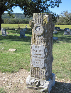 Grave of R. F. Ratliff