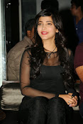 Shruti Haasan at Yevadu App Launch event-thumbnail-19