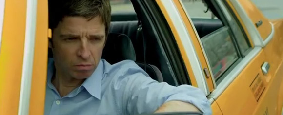 Noel Gallagher - Everybody's On The Run
