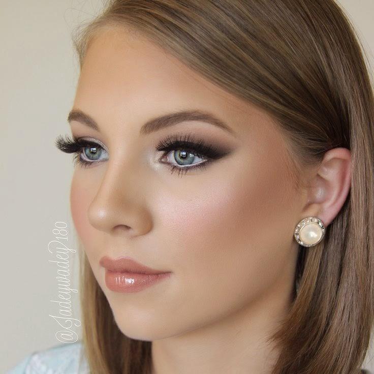 Baby blue dress makeup