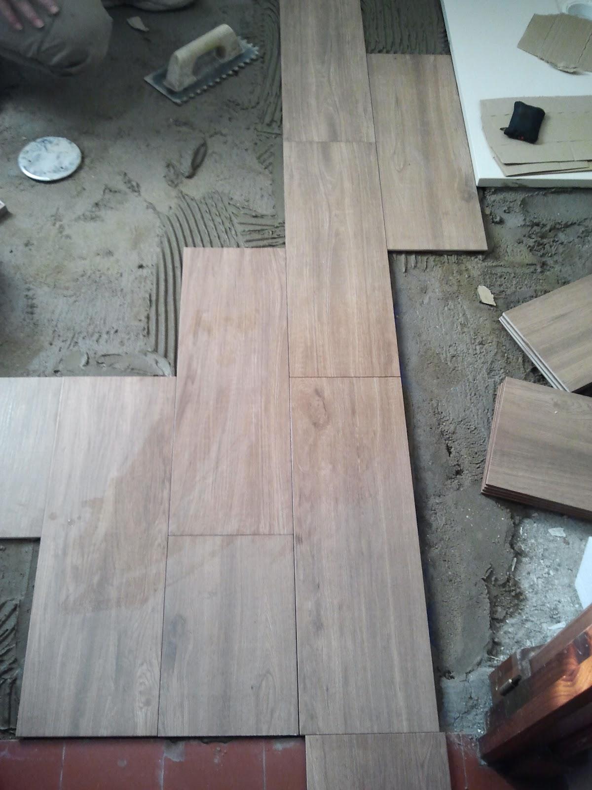 Altos de quinto reforma de ducha y soler a de ba o - Soleria imitacion madera ...