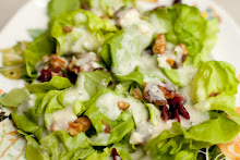Butterleaf Lettuce with Fresh Pear Vinaigrette