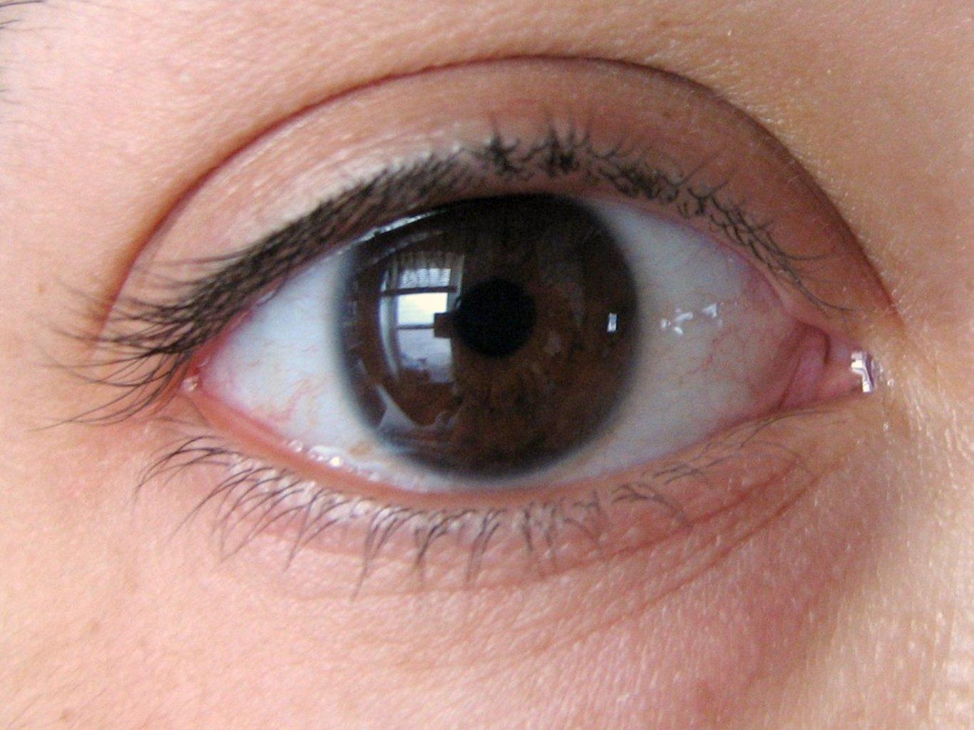 Mangling My Manicure Longer More Voluminous Eyelashes Follow Up