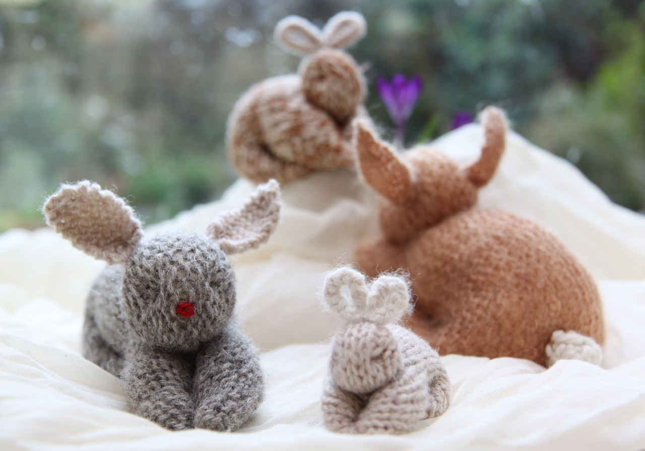 Knitting Easter Bunnies : Cobbled together by brenna how to make knitted easter bunnies