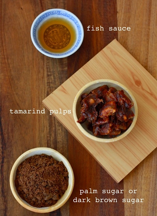 seasonings for pad thai tamarind spice, fish sauce and palm sugar