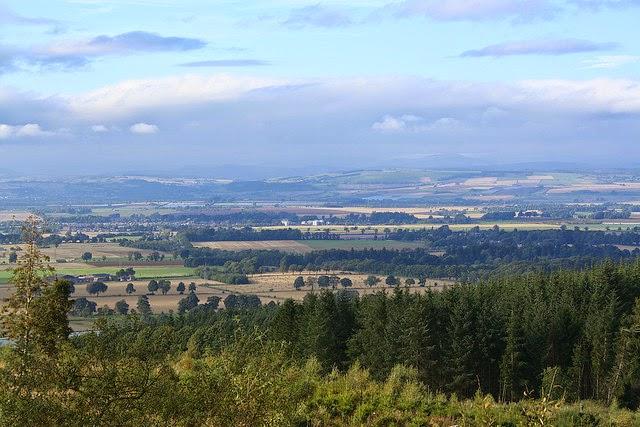 valley of strathmore angus scotland