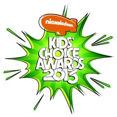 Miranda Cosgrove iCarly Kids-Choice-Awards-2013-whos-shoes ShurKonrad logo