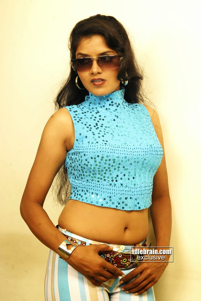 revathi deep navel