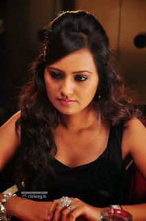 Daughter-of-Varma-Movie-Stills