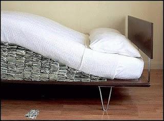 esconder-dinero-colchon