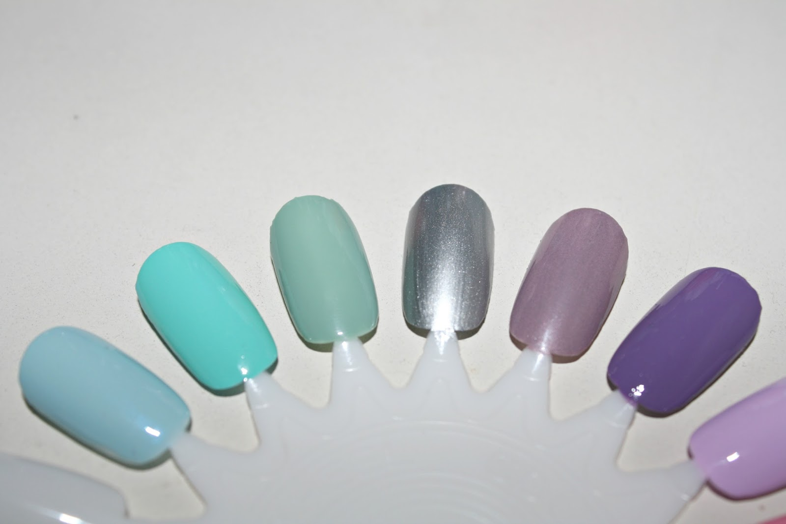 What Lauren Says: Spring Nail Polish Picks