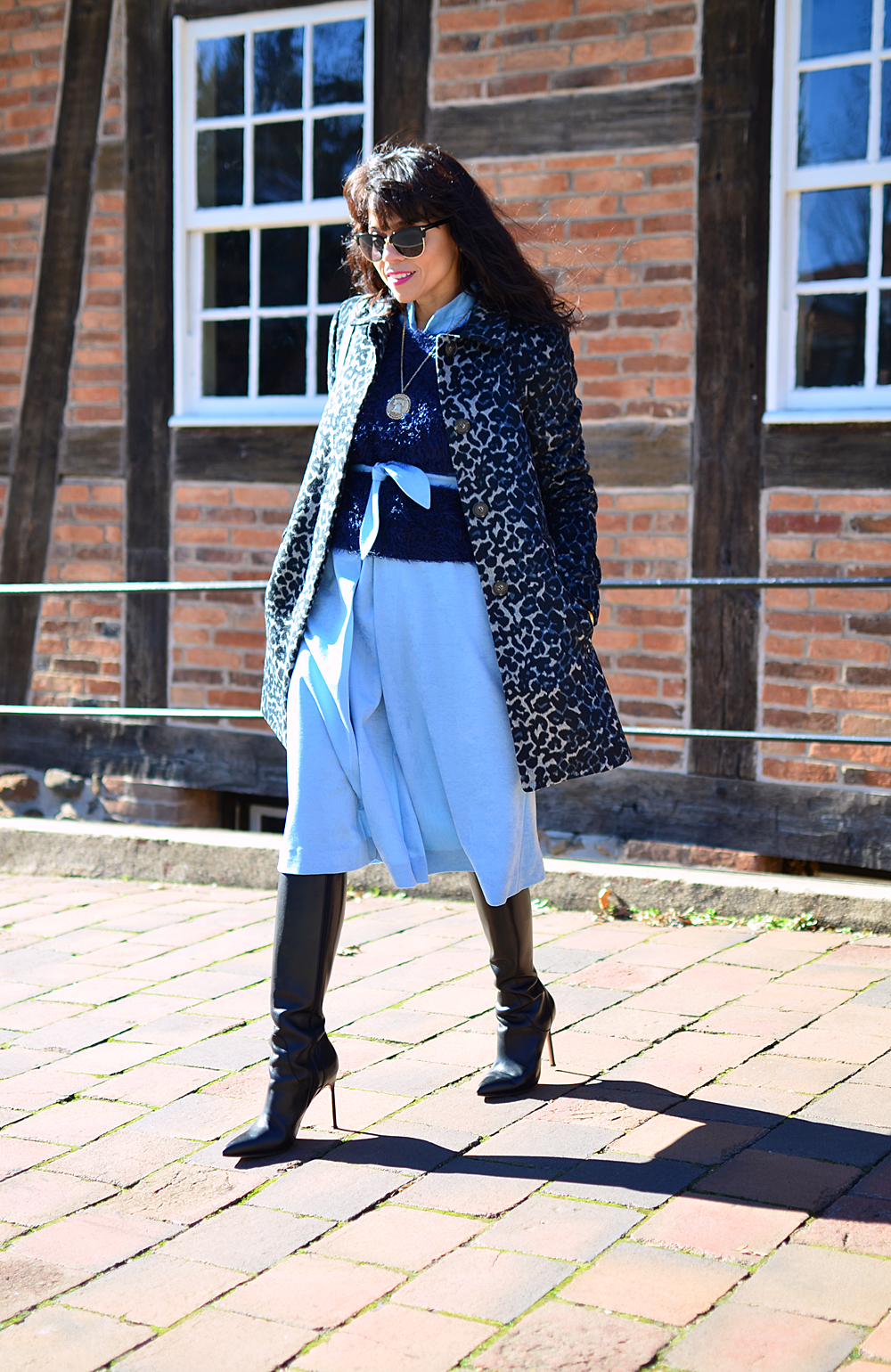 Blue on blue street style