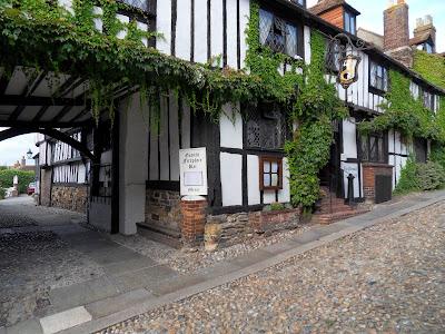 Pub in Rye olde worlde