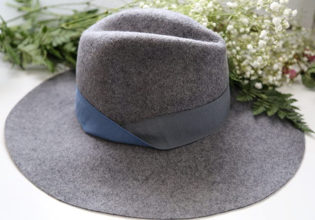Nine West hat
