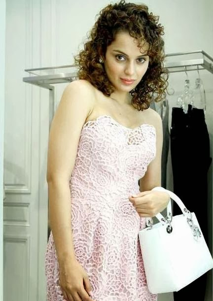 Kangana Rnaut Contrasts with the Rani of Queen